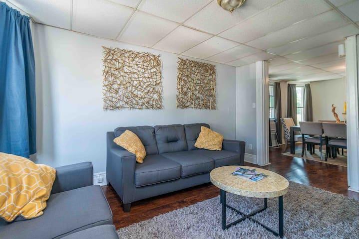 Comfortable Home | Buffalo & Niagara +Free Parking