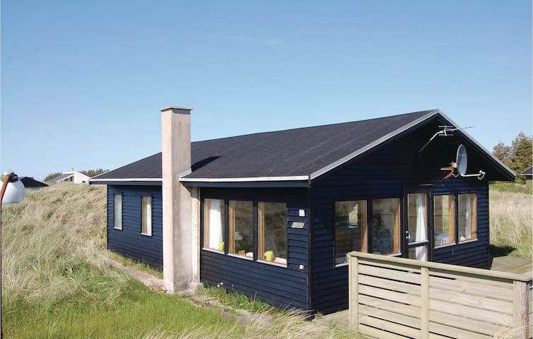 Holiday cottage with 2 bedrooms on 60 m² in Løkken