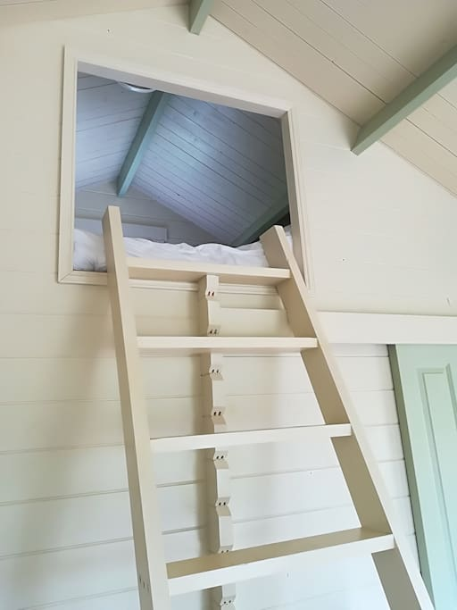 Step ladder up to bed