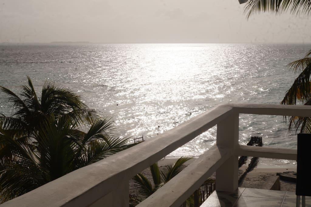 WONDERFUL SEA VIEW