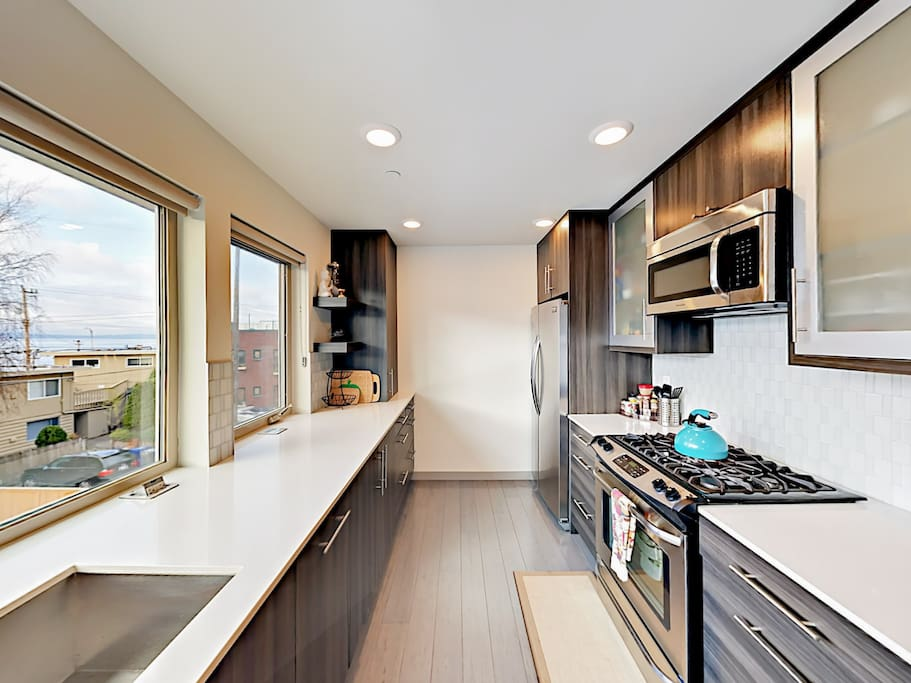 Make use of the well-equipped kitchen, which includes a starter supply of dish soap and paper towels.