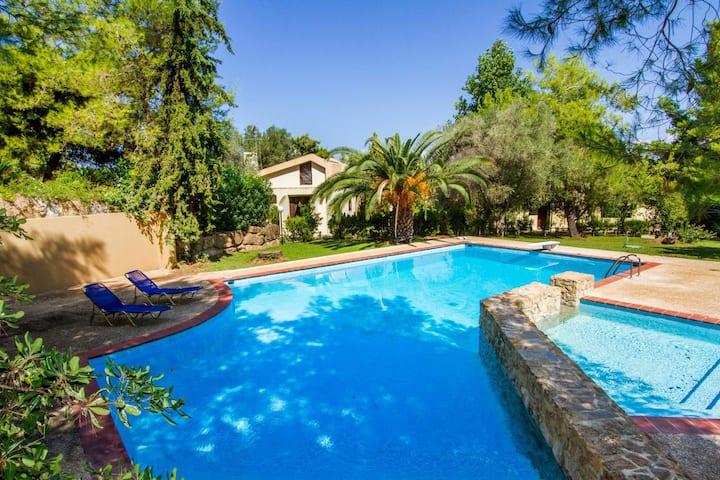 Sani Seaside Luxury - Villa Erato Private Retreat