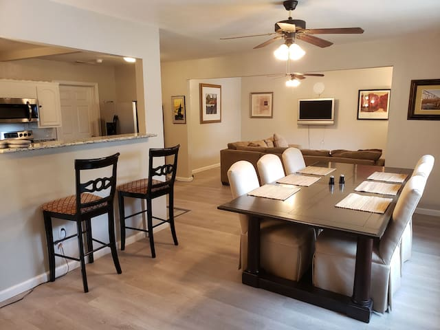 The Ambiance Master Suite Oak Cliff