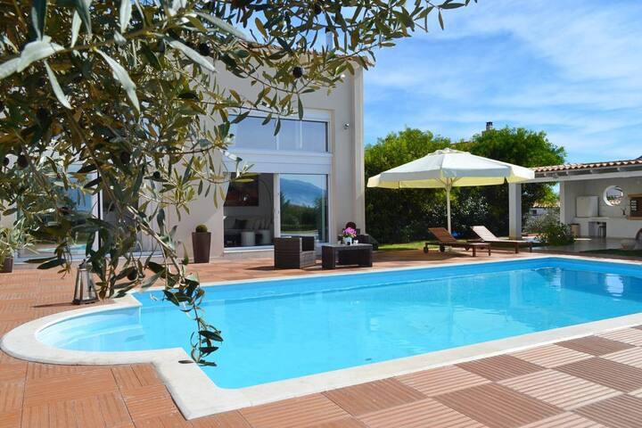 Villa Marina Α.Μ.Α : 00000141449