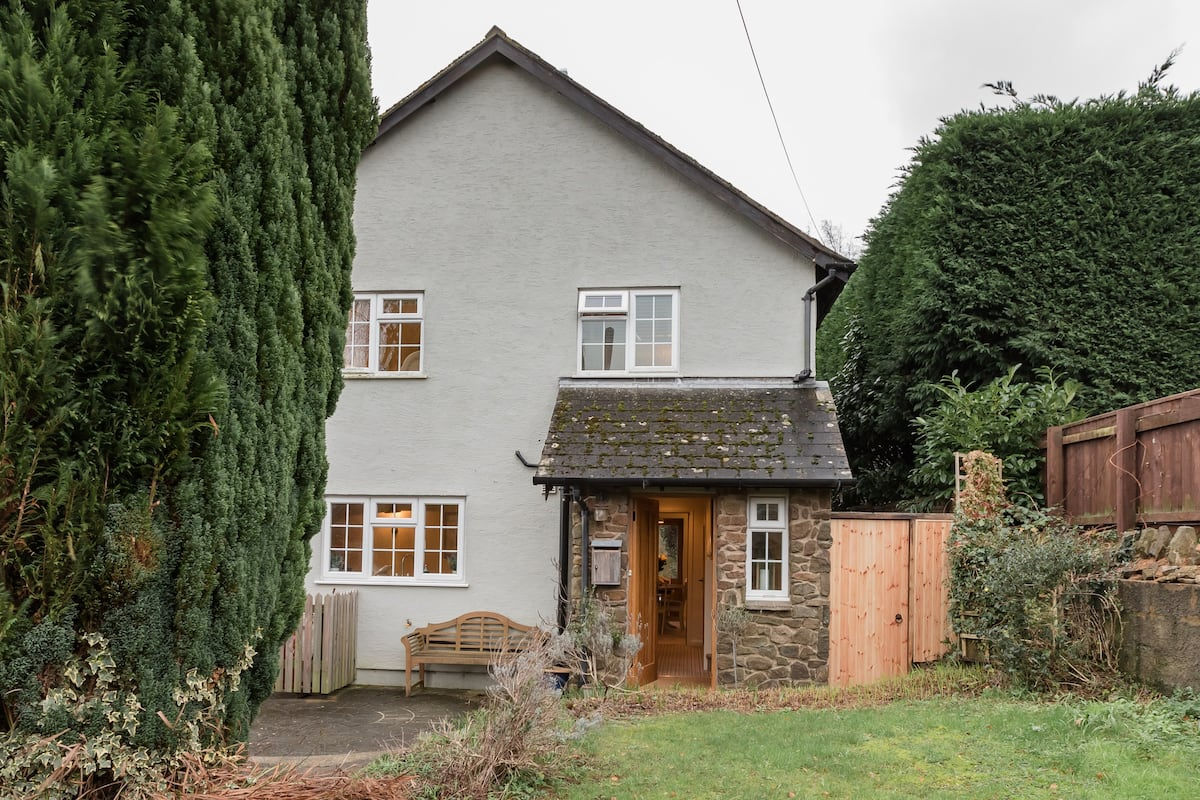 Meticulously Updated Cottage in Dartmoor National Park