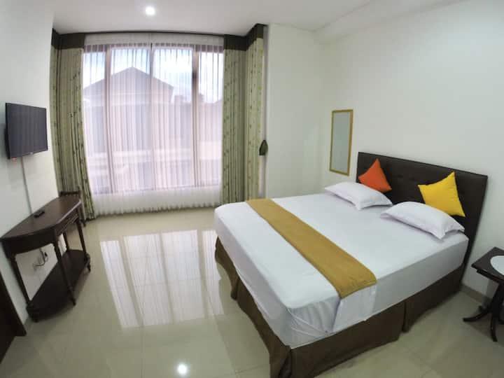 Superior Room Padma Laguna Guest House
