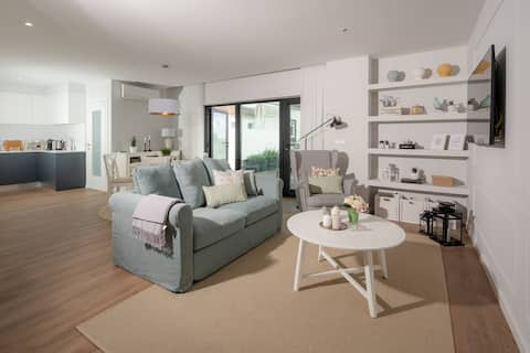 Simple&Charming Guest Apartment