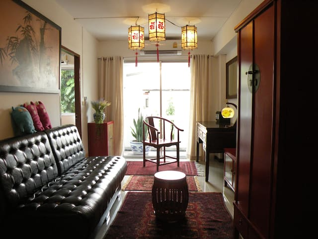 ♡Oriental relaxed quiet one bedroom next to BTS