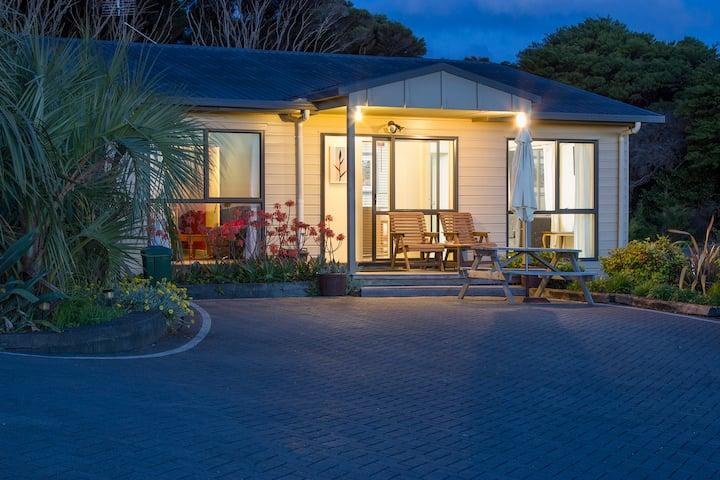 Villa Pacifica Apartment2 - Waiheke Is - Free Car
