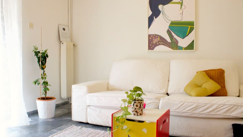 Convenient, Sunny, Central & Spacious Flat - Atenas - Apartamento