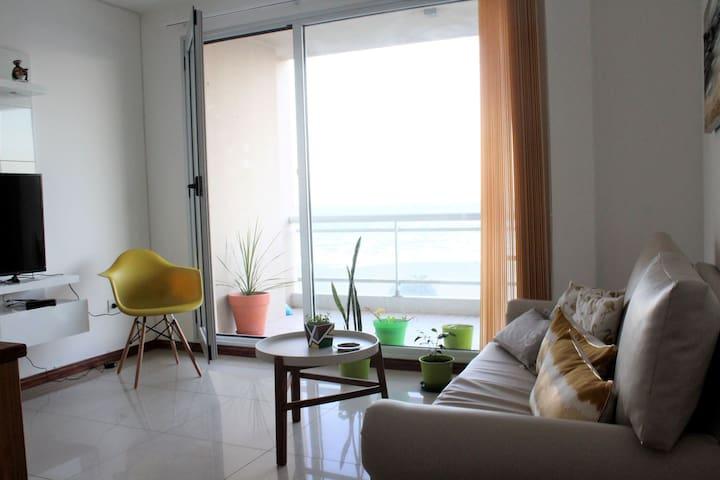 Departamento de Dos Dormitorios con Vista al Mar