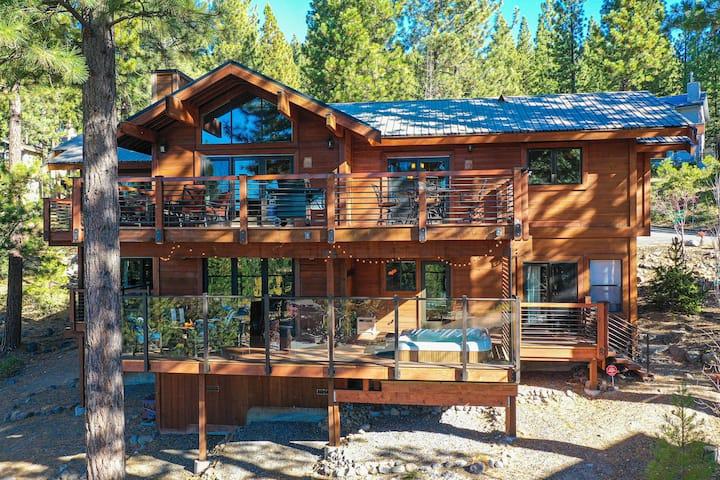 New Listing! Lake-View Home Near Beaches & Skiing