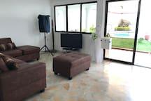 SALA DE TV / TV ROOM