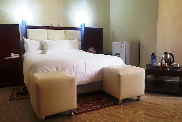 NOBLE YEHDGA HOTEL