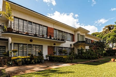 Serene apartment in quiet compound close to the UN - Nairobi