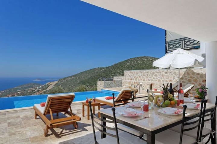 Villa Naz with private pool and sea view - Kaş