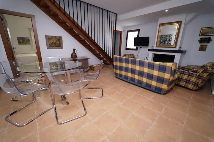 Turismo Rural Poloria (Capellanía). Casa nº 2
