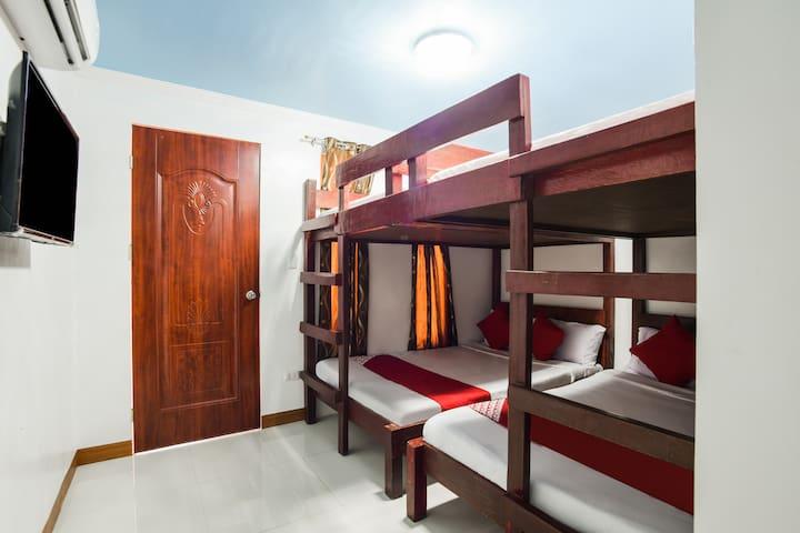 Standard Bunk 8 Bed @ Kakay Beach Resort And Hotel