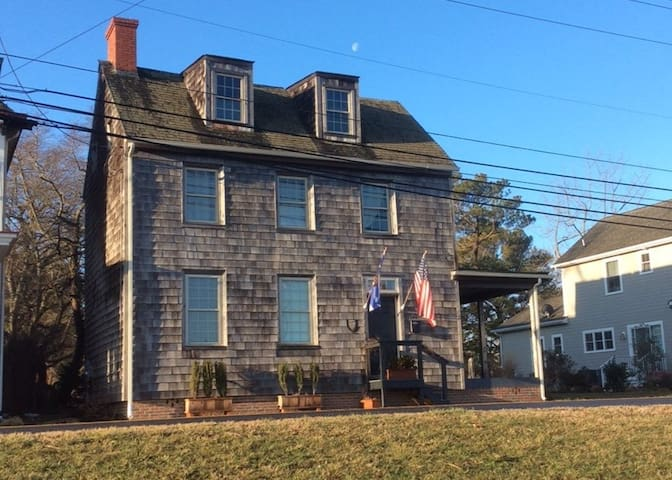 Historic Vacation Beach Home in Lewes
