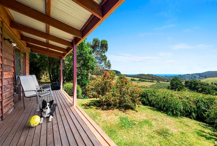 Great Ocean Road farm stay  -  2 bedroom cottages