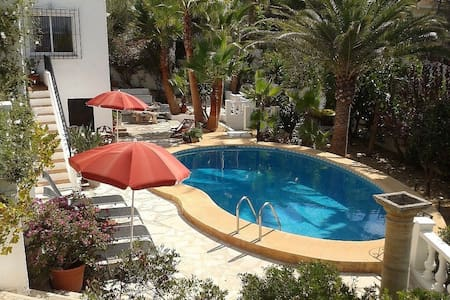 Beautiful detached villa in Moraira with own pool!