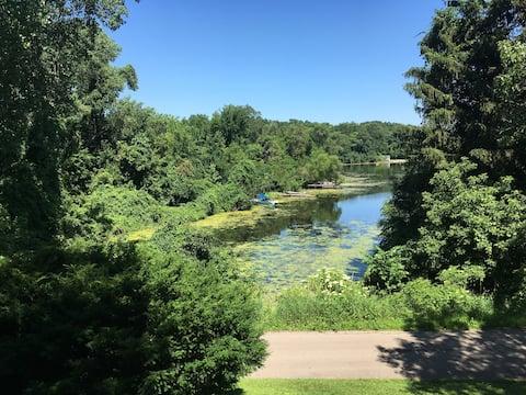 Nature Lover's Hideout  Lake Geneva Area