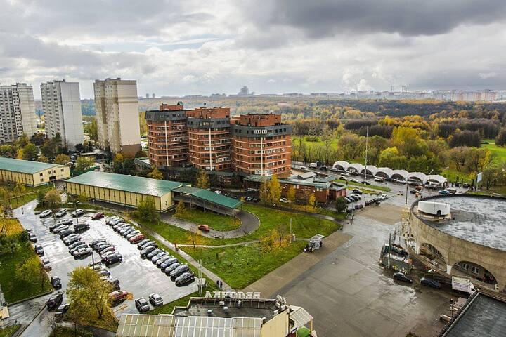 Flat near Orechovo metro station 1 min