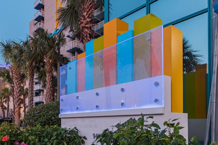 Refreshing Sea Glass Tower, 1 Bedroom Deluxe- City