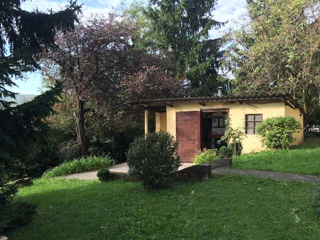 Discrete, private house in the nature. - Zagreb - Haus