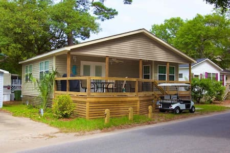 In the Heart of Ocean Lakes - Beautifully Redecorated 2BR with Golf Cart! - Myrtle Beach - Casa