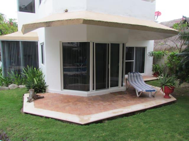Sol & Luna, departamento a solo unos pasos del Mar - Puerto Morelos - Apartment