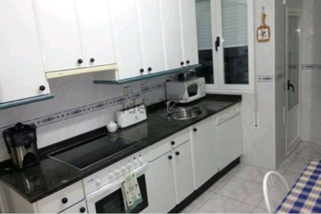 Habitaci n centrica apartamentos en alquiler en vitoria gasteiz euskadi espa a - Apartamentos en alquiler en vitoria ...