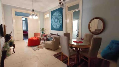 ✰Gorgeous flat with High Ceilings✰Garden City
