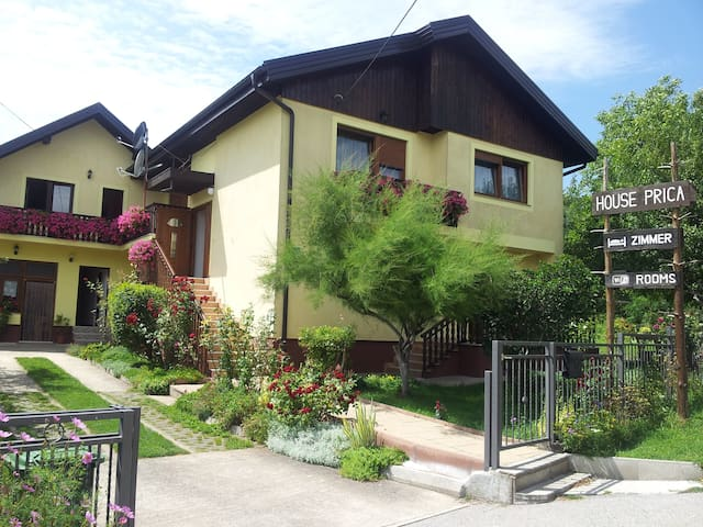 HOUSE PRICA, DOUBLE ROOM No.2