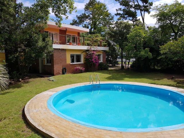 House with beautiful garden near Playa 5 mansa