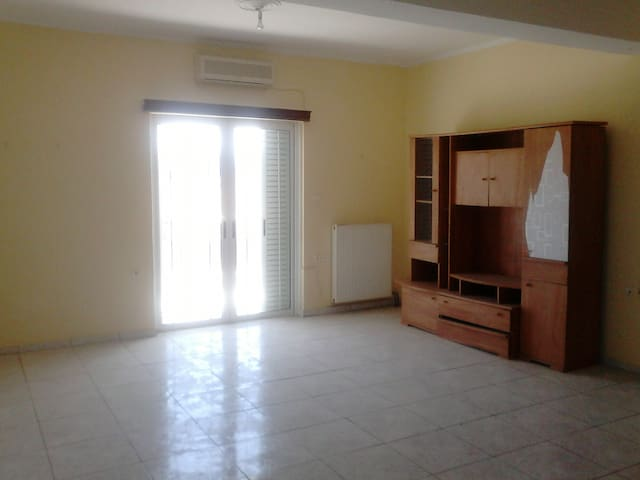 house to rent - Kalamaki - Apartment
