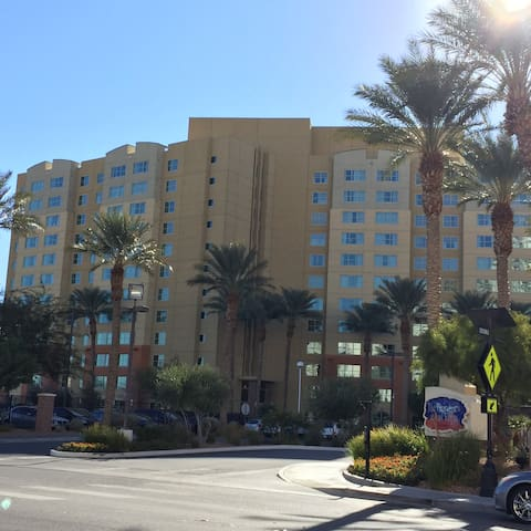 1 2 Bedroom At Grandview Resort Resorts For Rent In Las Vegas Nevada United States