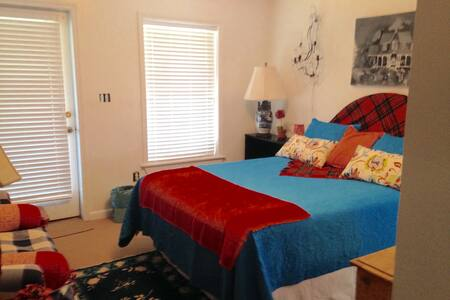 Cozy, beautiful beachfront suite - Isle of Palms
