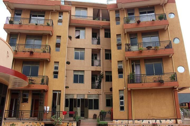 Jinja Hub! _ BK Castella Hotel