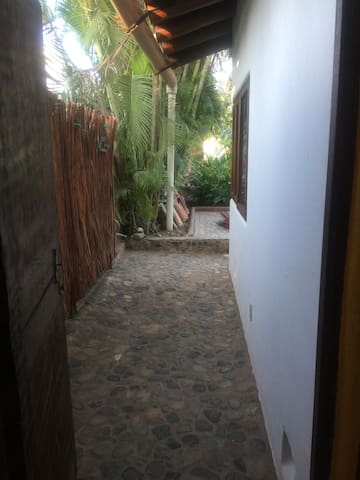 Path to Driveway/Back of House
