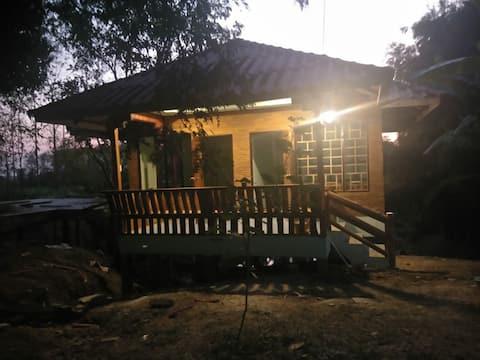 Garden Home and Restaurant, Mae Sot