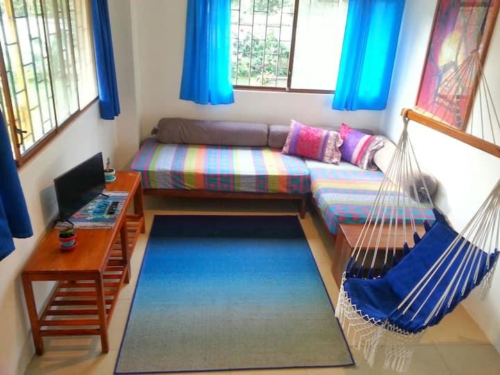 Cosy 2 Bedroom apartment in Montañita - A/C & Wifi