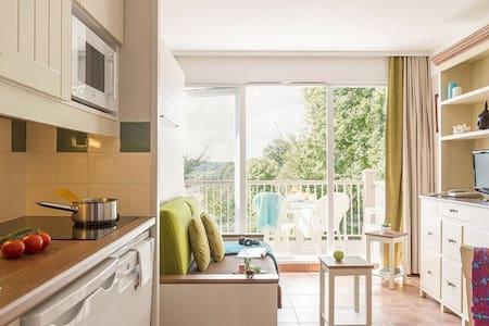 Appartement dans résidence Pierre et Vacances - Branville - Wohnung