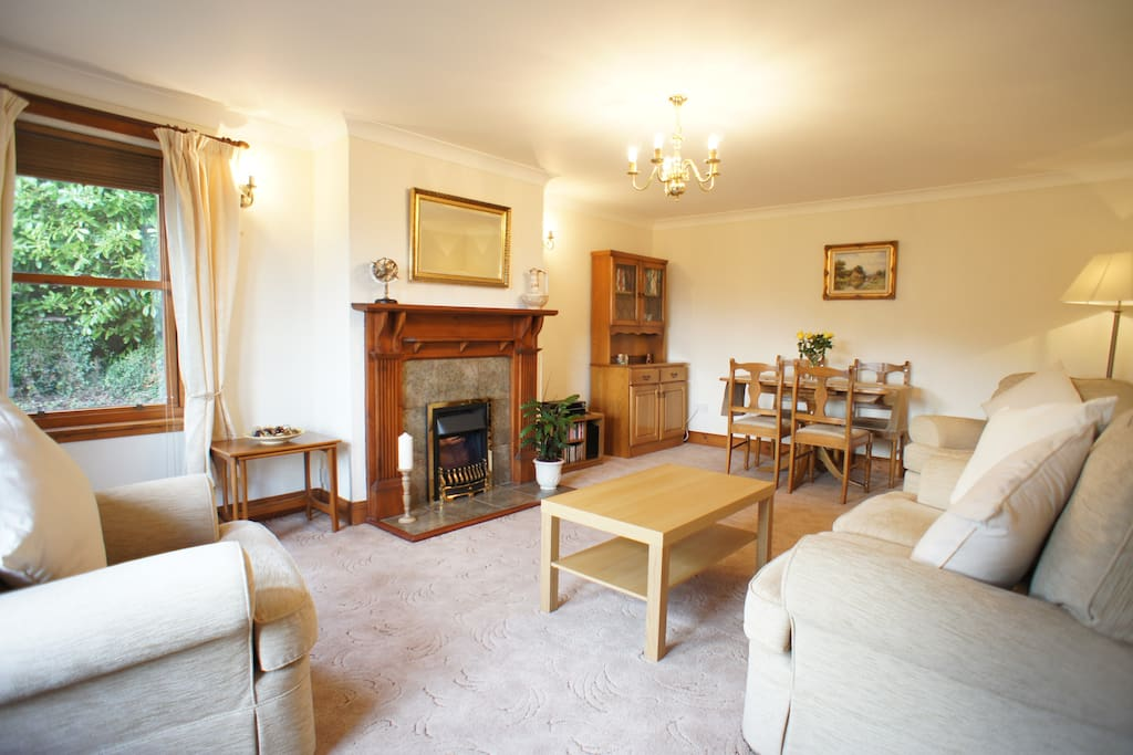 Large living room / dining room with windows to the front and side, which offer spectacular views over the Fife countryside, the Eden estuary and St. Andrews Bay. On a good day you can see as far up the east coast as Boarhills, some fifteen miles away.