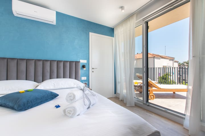 Deluxe Double Room, Private Hot Tub, Balcony