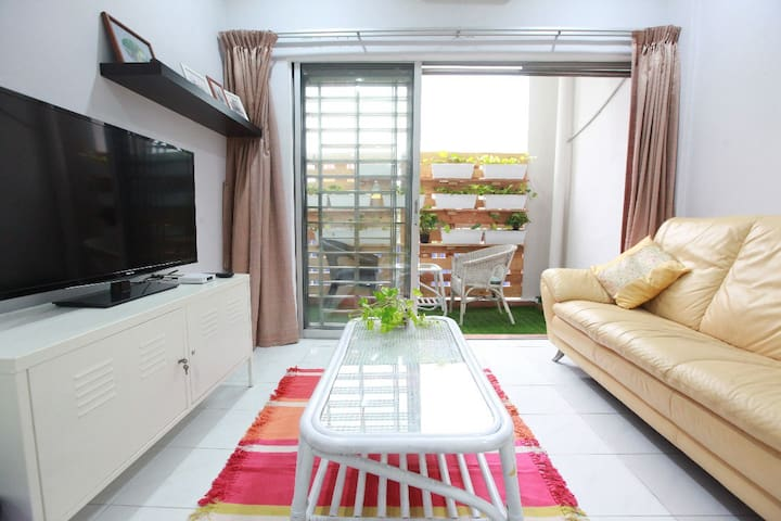 HOMESTAY near South City Plaza | Serdang KTM交通方便民宿