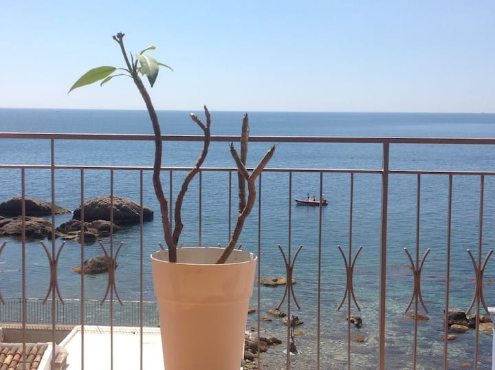 Casa Sara Sea House Giardini Naxos Taormina