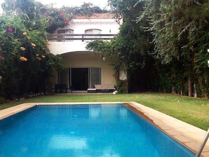 Belle villa à l'Oasis,centre ville