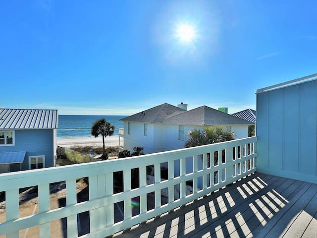 Steps Away from the beach! Amazing Location! Gulf views!
