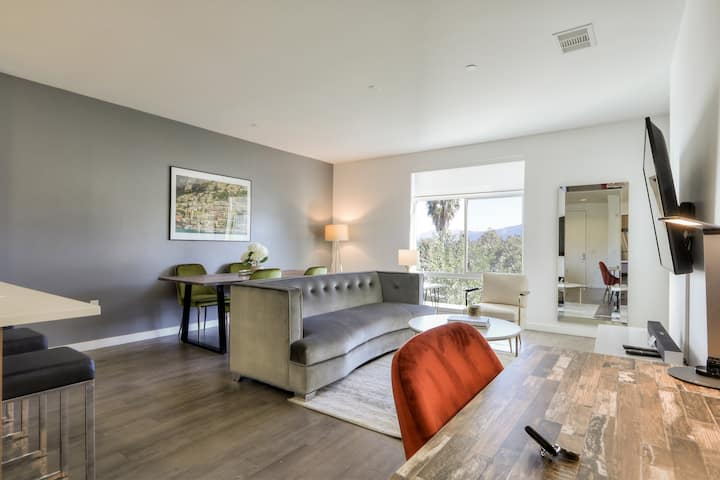 Urban Flat | Luxurious 2BR | Fully Inspected